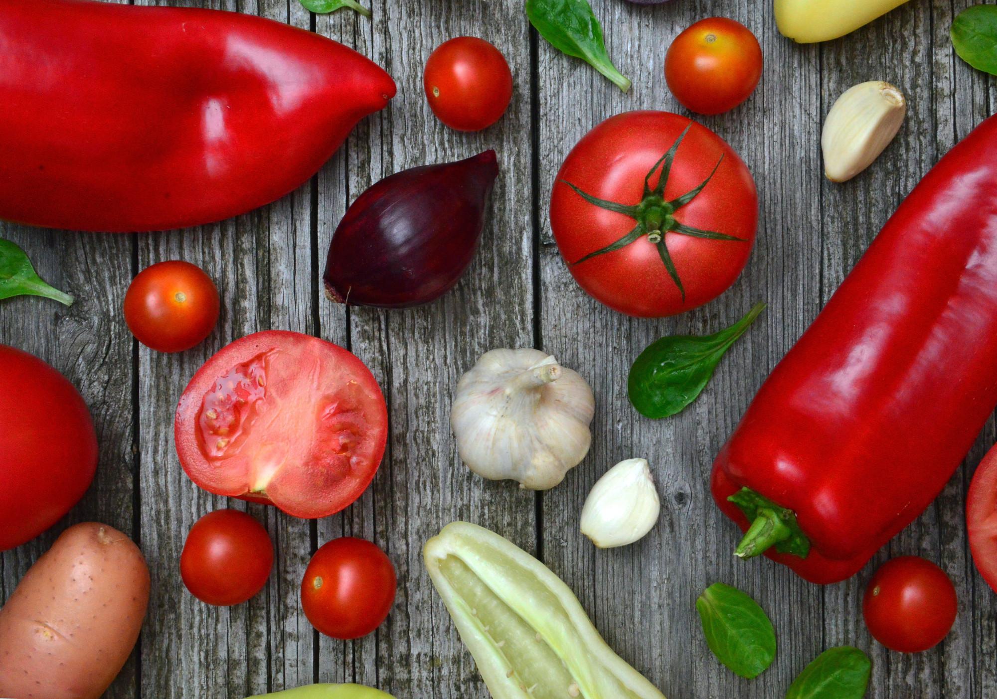 Colore del cibo e nutrienti: ecco come funziona la grelina, l'ormone della fame