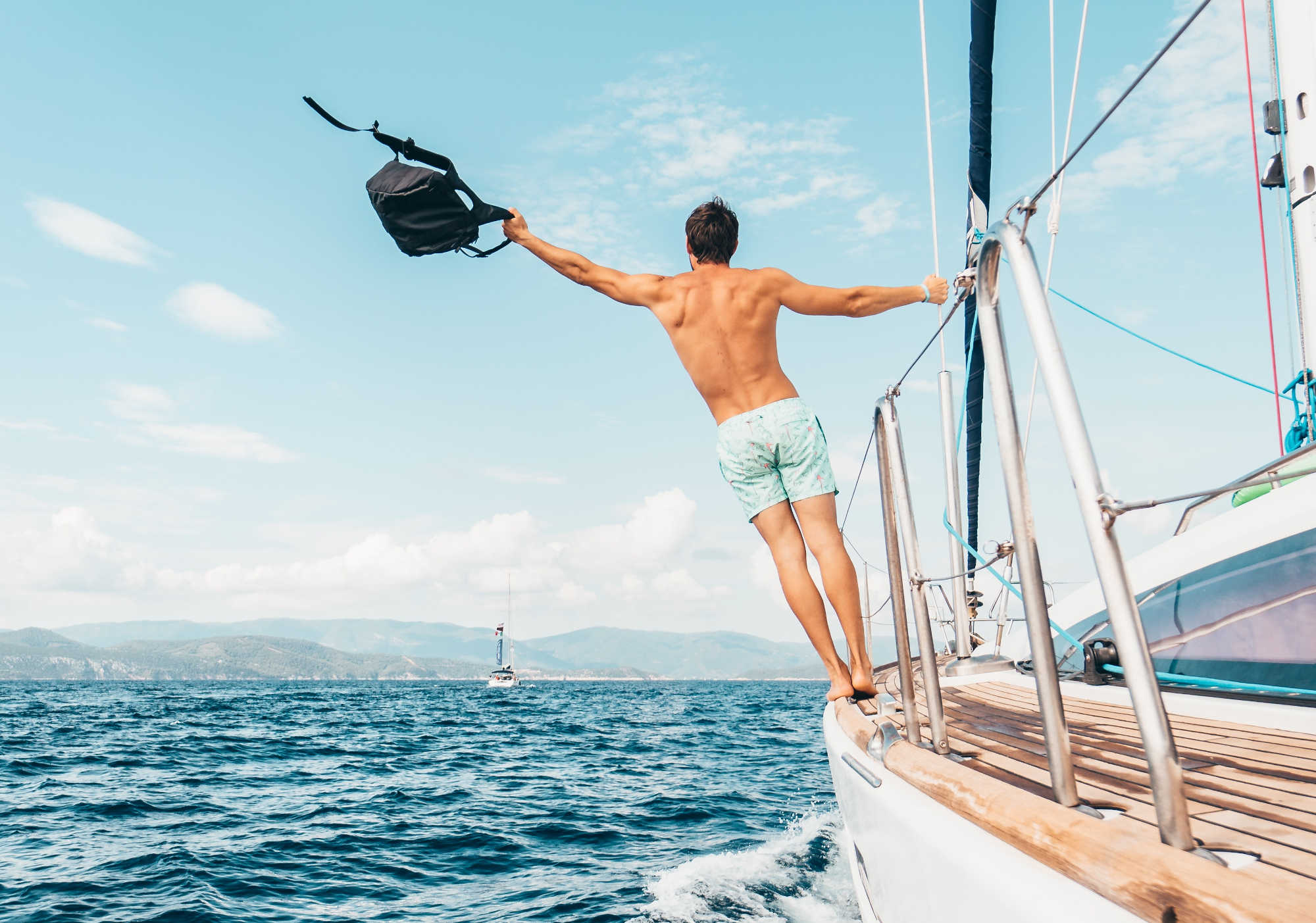 Digital detox in barca a vela con gli esperti di Sailogy