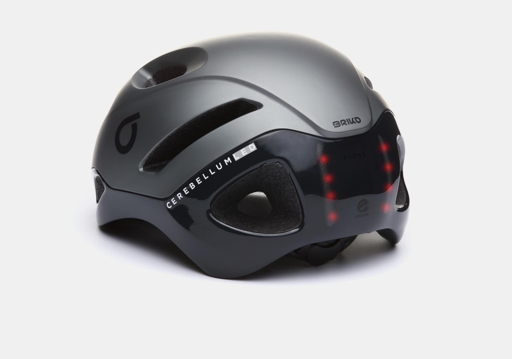 casco-briko-da-bici-led-per-essere-piu-visibili-in-citta