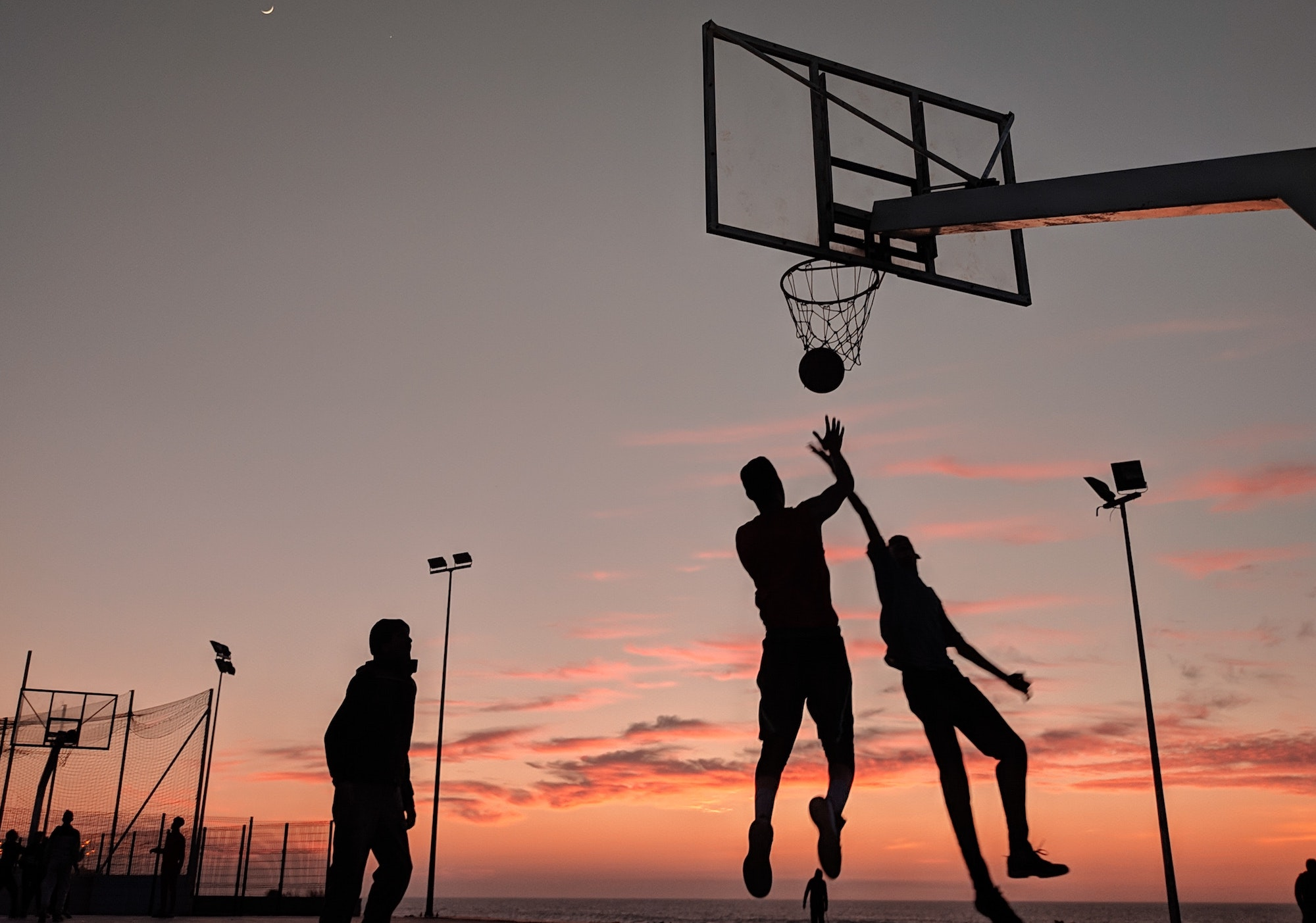 nuovo-dpcm-si-puo-giocare-a-basket-in-zona-gialla-dal-26-aprile-ecco-le-regole