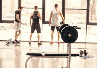 Fitness e post-pandemia: una non-guida alle palestre