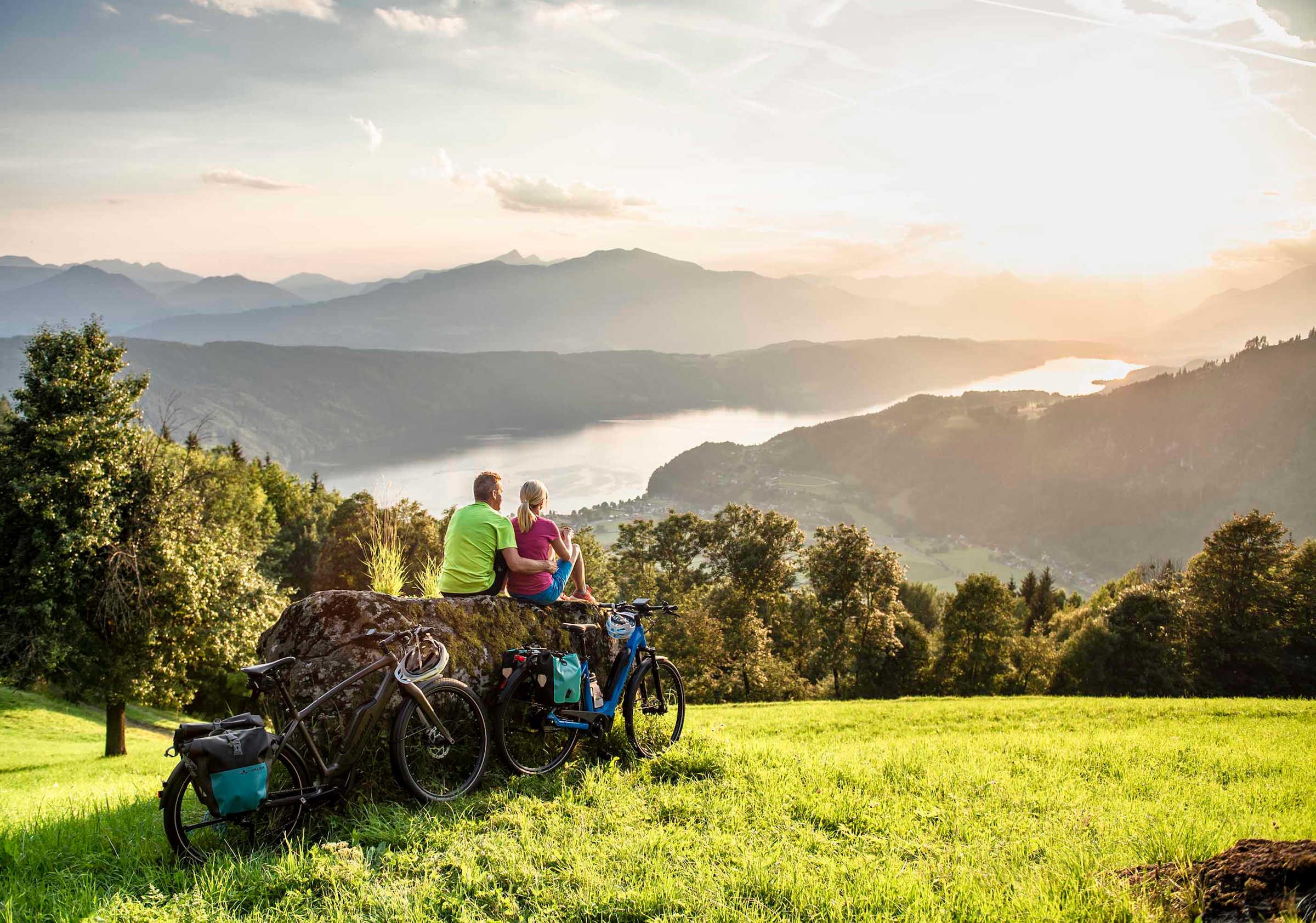 Il Gran Tour dei Laghi di Carinzia in bicicletta: tutto ciò che rende felice un cicloturista