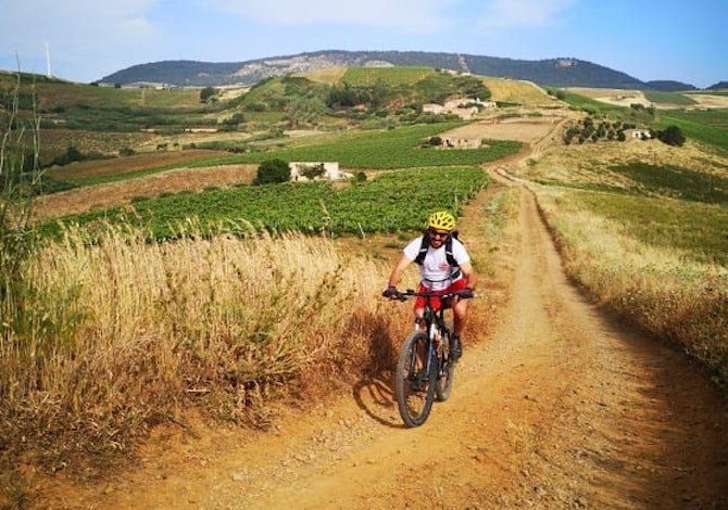 sicilia-in-bici-nasce-la-trasversale-sicula-ciclovia-di-600-km-da-mozia-a-vittoria