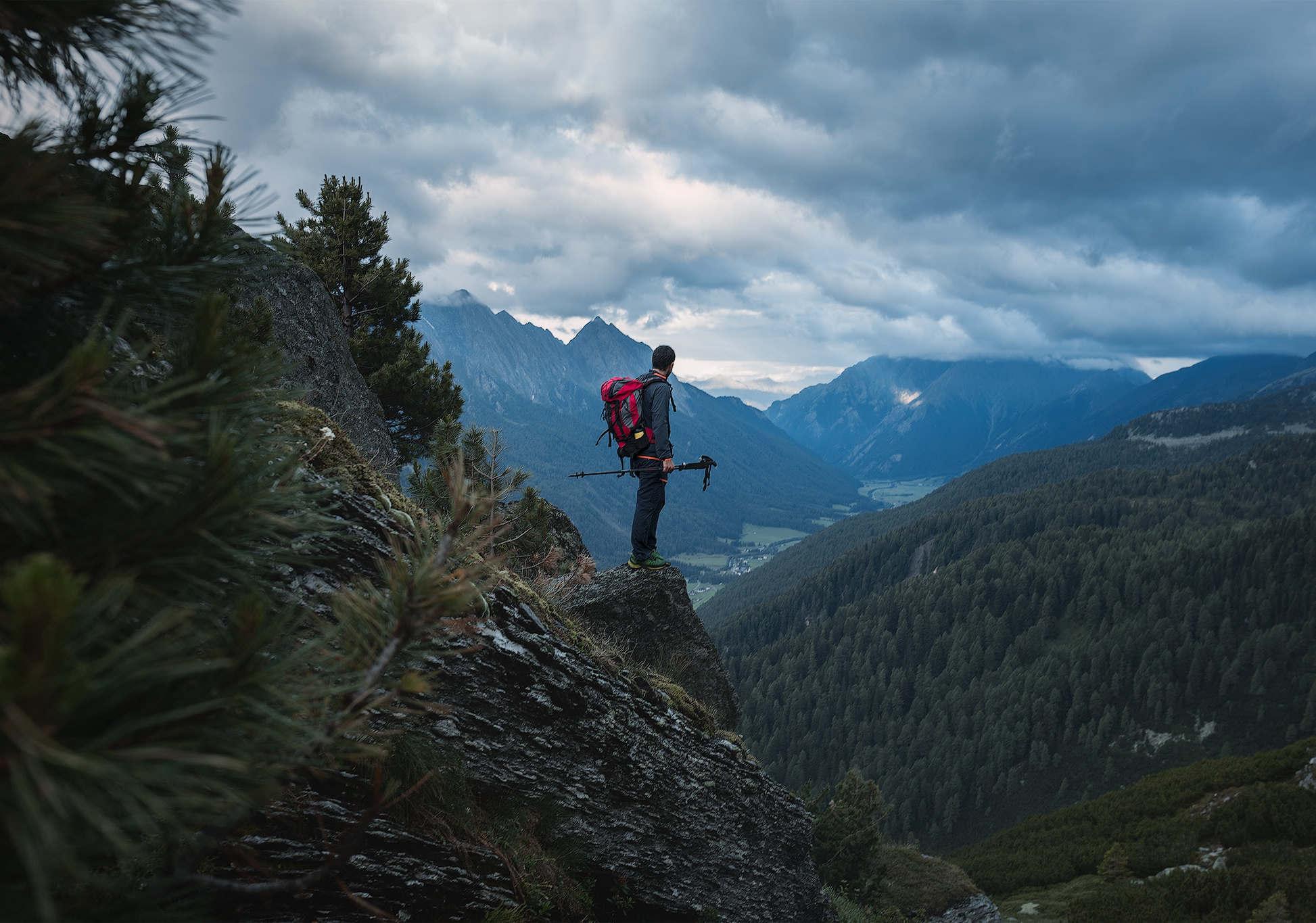 Cober Abies Green, il bastoncino da trekking ecosostenibile-