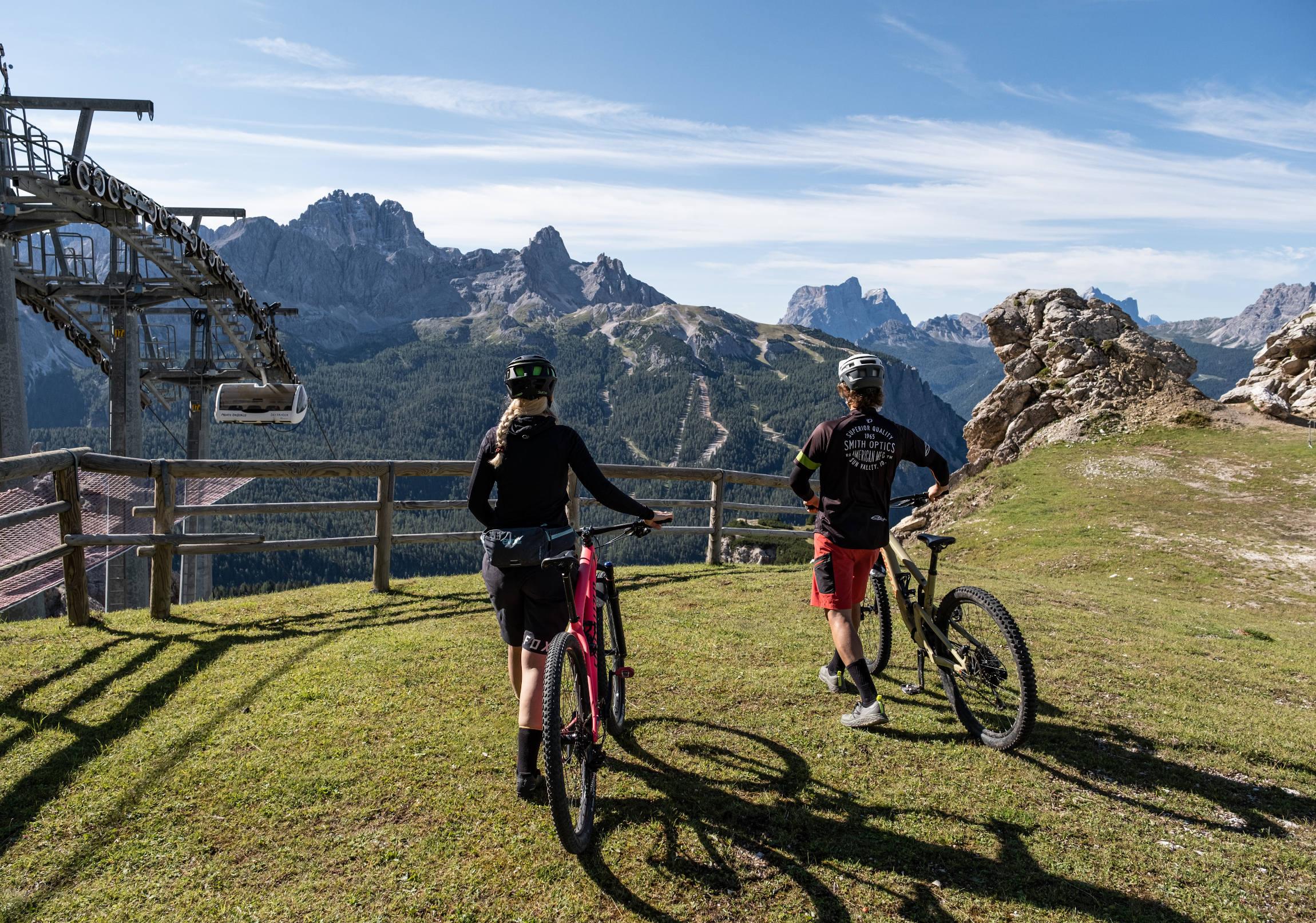 Dolomiti Bike Galaxy: l'avventura in mountain bike dell'estate a Cortina - CristalloFranzPeriniEdit-4814