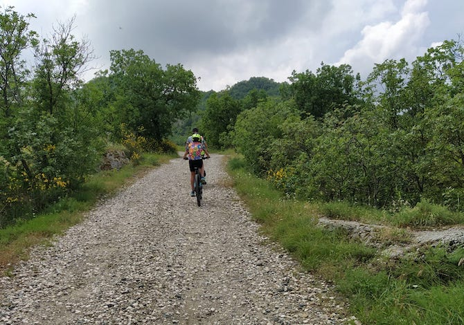 via-dei-gessi-e-dei-calanchi-bici