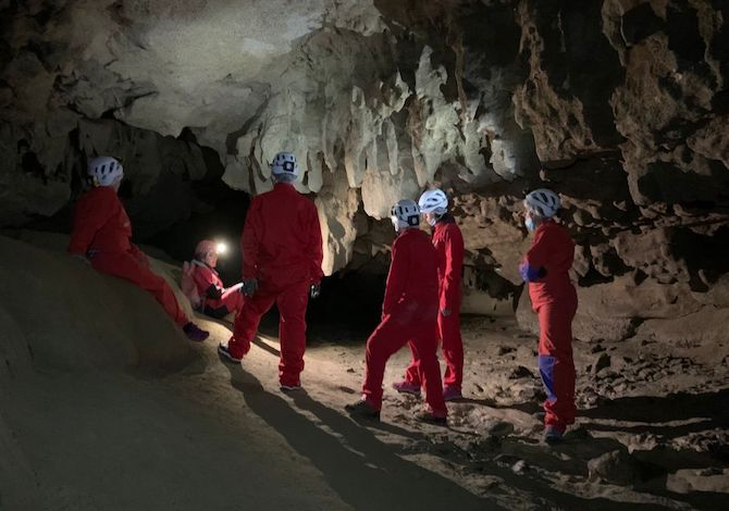 via-dei-gessi-e-dei-calanchi-grotta-tanaccia