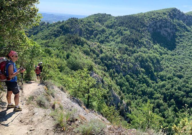 via-dei-gessi-e-dei-calanchi-trekking