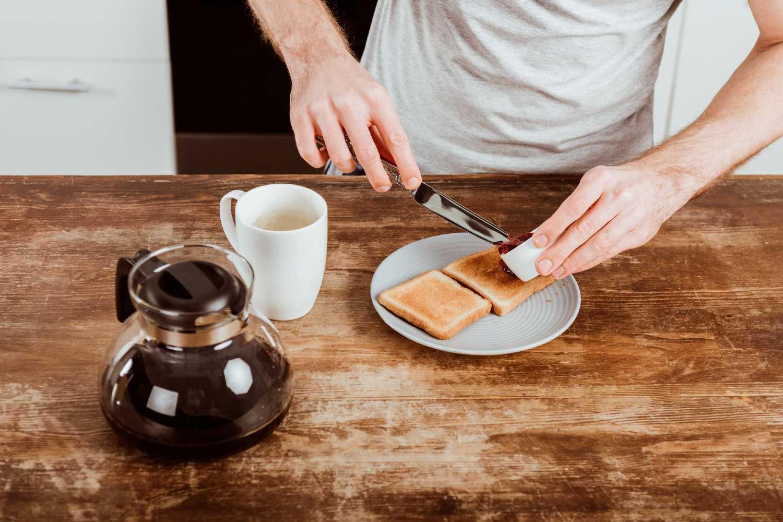 colazione prima di andare in palestra al mattino