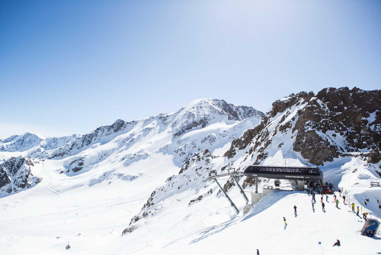 Sciare sui ghiacciai del Tirolo Kaunertaler Gletscher