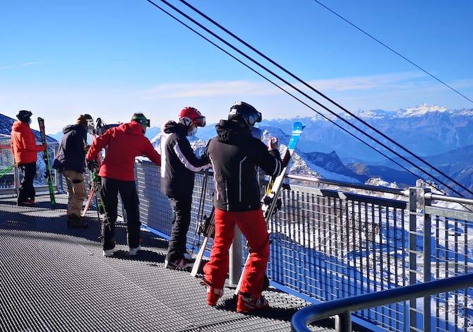 sciare-a-cervinia-riparte-la-stagione-gli-impianti-aperti
